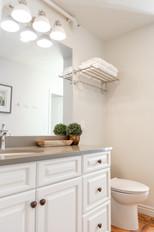 Kinesava Half Shared Bathroom