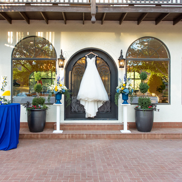 wedding dress rentals near las vegas.jpg
