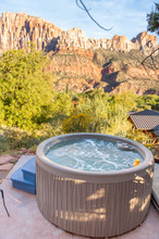 hot tub near zion national park.jpg