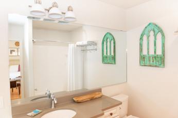 Grafton Room Bathroom