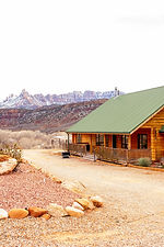 places to stay in Zion.jpg