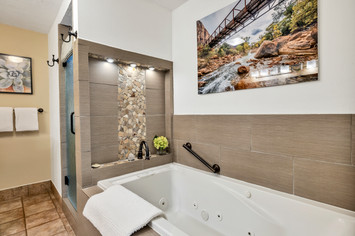 spa like room near zion national park.jpg