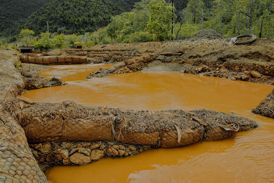 Tanjung Buli Dikepung Tambang Nikel-2-Hafitz Maulana.jpg