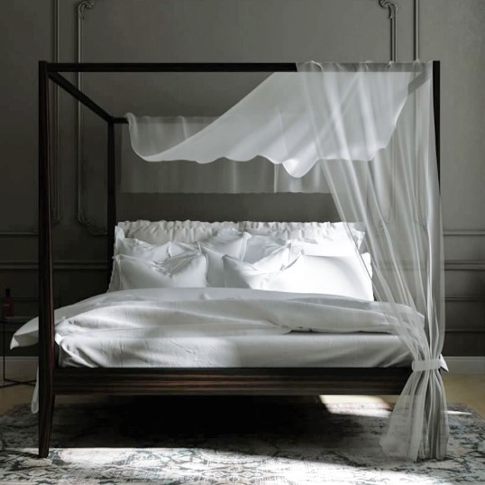 A four-poster bed Aida single or double from the Italian manufacturer IneditoMilano. Designed by fab