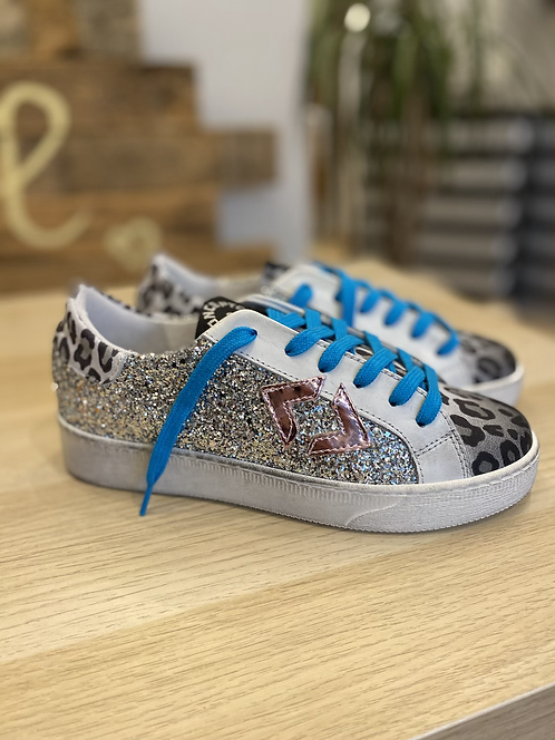 Sneakers concept glitter argento