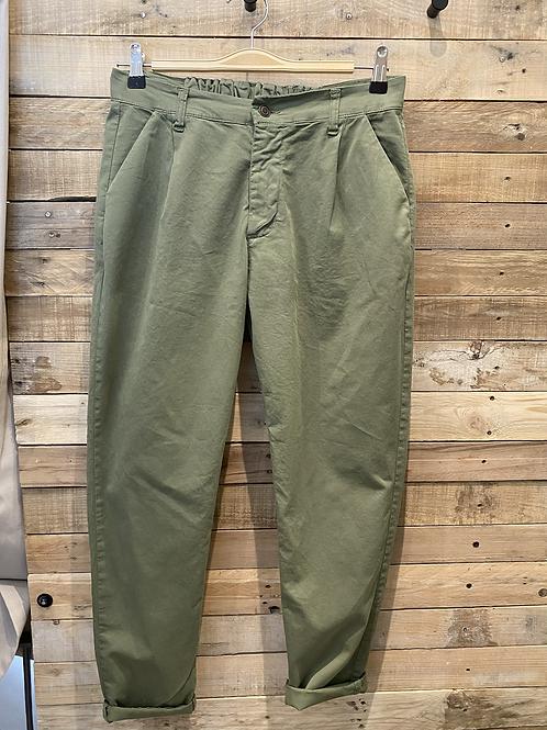 Pantalone in cotone verde con elastico