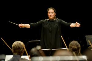 # Portrait   Ces femmes chefs d'orchestre : Portrait de Zahia ZIOUANI, Chef d'orchestre fran