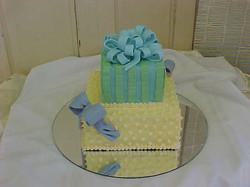 yellow&blue cake