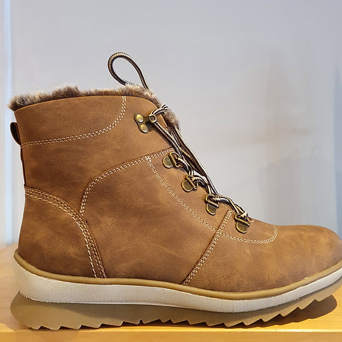FAUX LEATHER CHUNKY TAN BOOTS