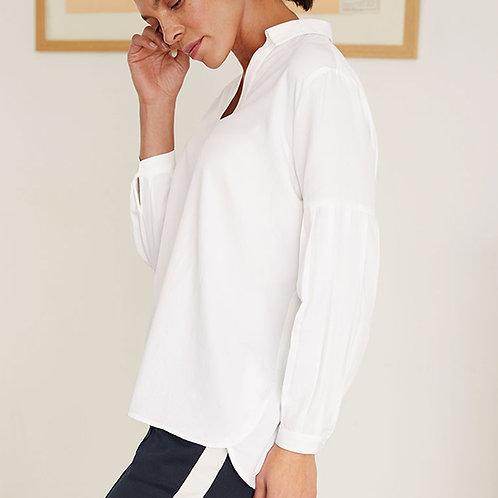 THOUGHT MARION OVER THE HEAD SHIRT IN WHITE. (WWT5006)