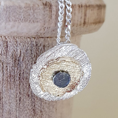 Sterling silver layered pendant with trio finish 18'' chain