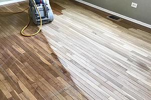 wood-floor-refinishing-1.jpg