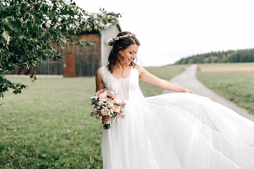 Sara EngisnPhotography - Hochzeit Hofgut Neckarburg
