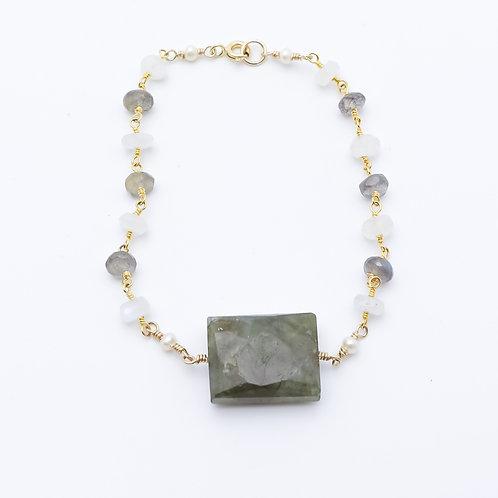 Labradorite and Moonstone Bracelet
