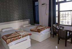 hotel-laxman-jhula-big-5