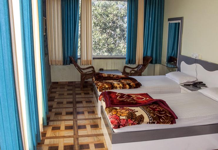 hotel-laxman-jhula-big-8
