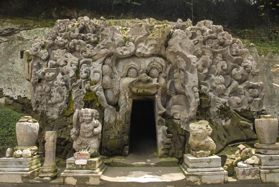 ElephantTemple-Bali_006