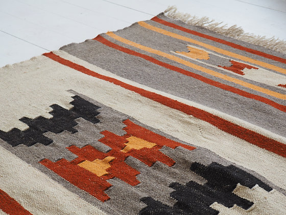 Handmade Middle Eastern Rug