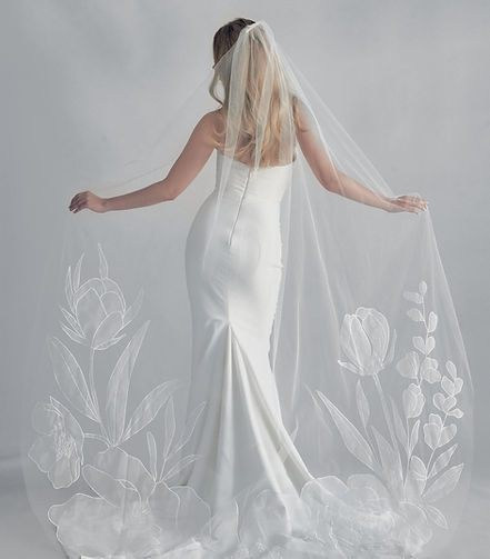 Bloom_Wedding_Veil_Alli_Koch_New_Phrenol