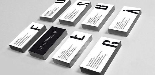 Diseño de tarjetas de visita para clinica dental Les Alfabegues