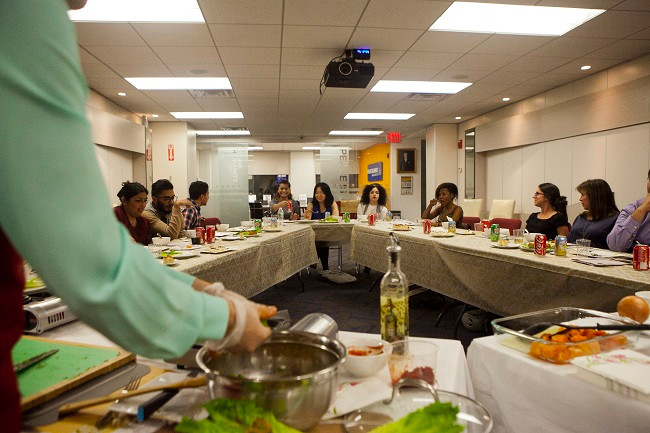 Full-House-For-The-First-Cooking-Class-Of-The-Season (7)