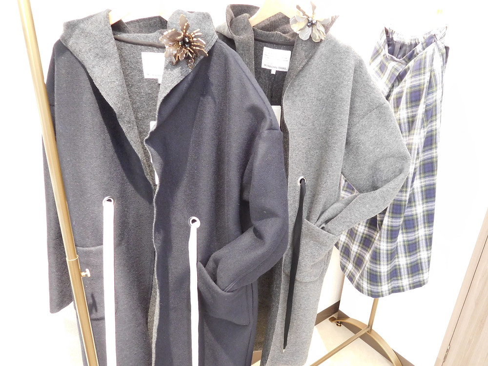 コート29000円+TAX