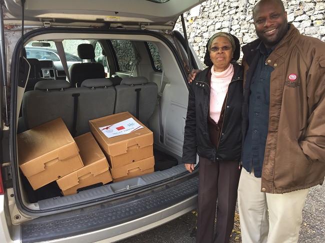 Frozen-Meat-for-Needy-Staten-Island-Families (3)