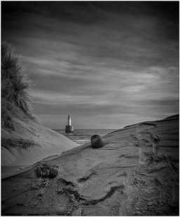 Beyond the Dunes - Ian Bain