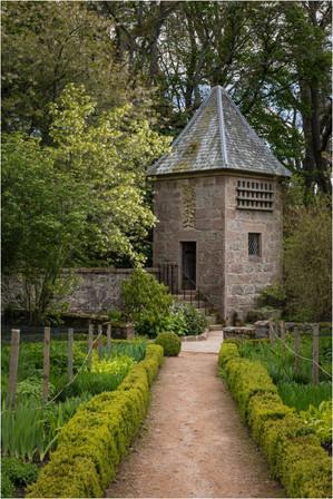Doocot, Crathes Castle