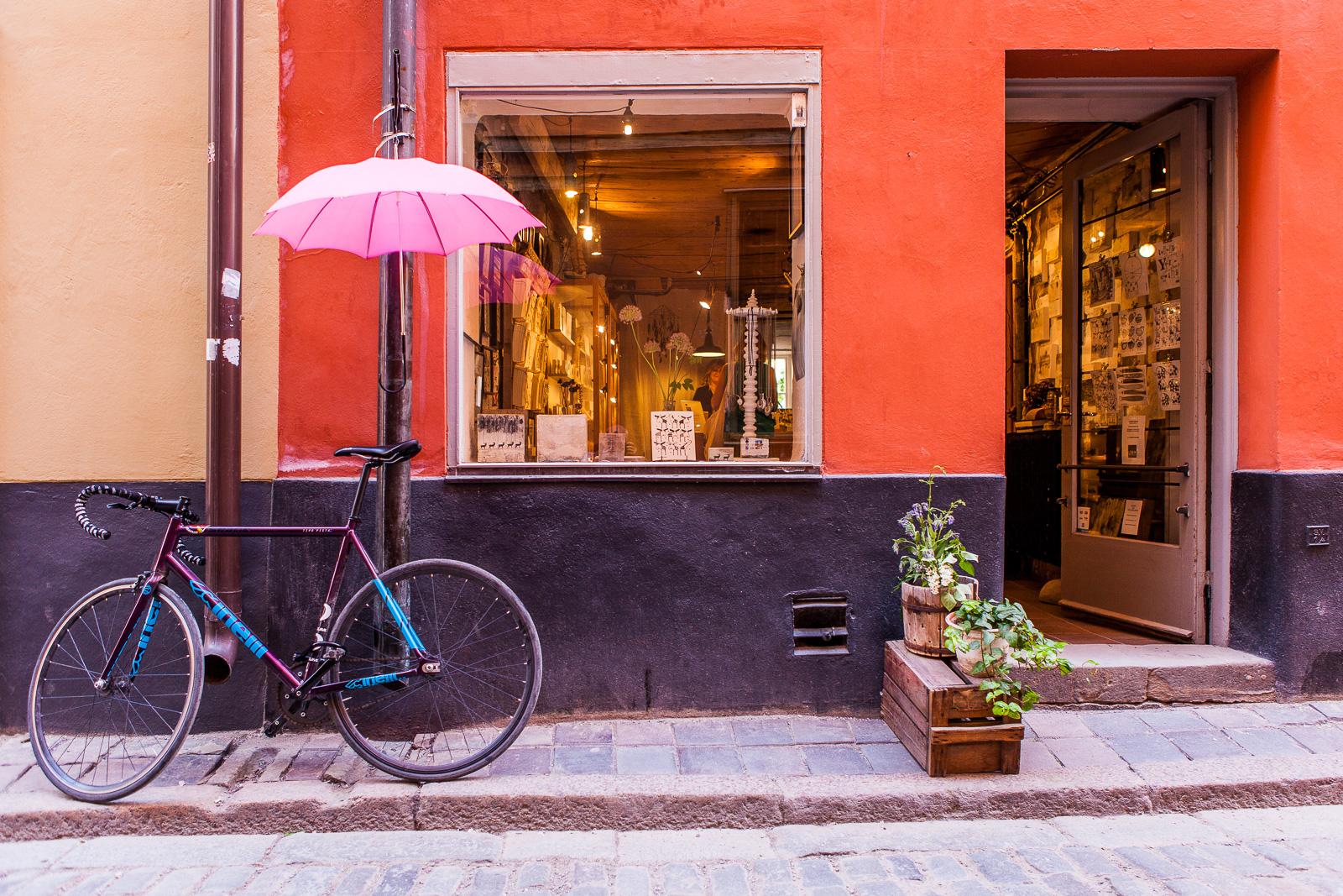 Stockholm Street Scene - Iain McLach