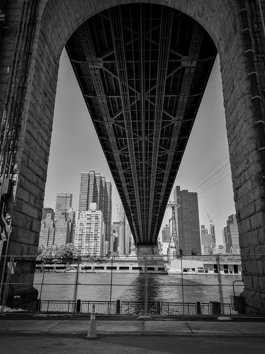 13-08. Queensboro Bridge