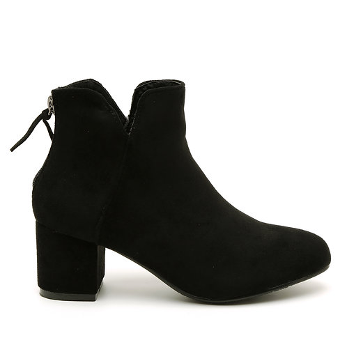 Black Chick V-shaped Top Shaft Opening Booties Size 32-35