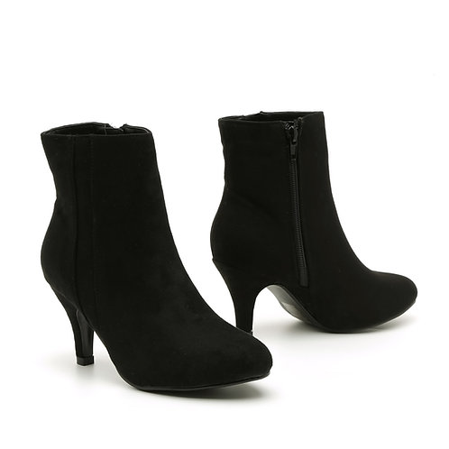 Black Stiletto exterior-side band Heel Booties Size 32-35