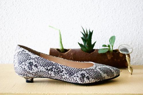 Low Heel Snake Pattern Ballets Size 32-35