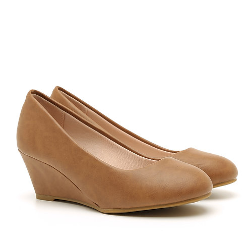 Classic Wedge Almond Pumps Size 31-32