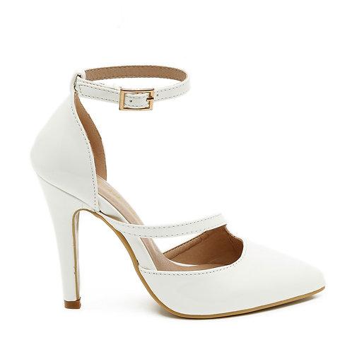 White Patent Crossover Strap Stilettos Size 32-35