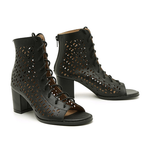 Black Lace-Up Peep Toe Boots Size 33-34