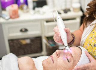 Does your Face need a lift? Find what a Micro Current Facial can do for your face?