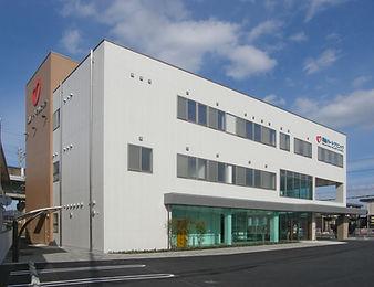 03岡山ハートクリニック全景.JPG