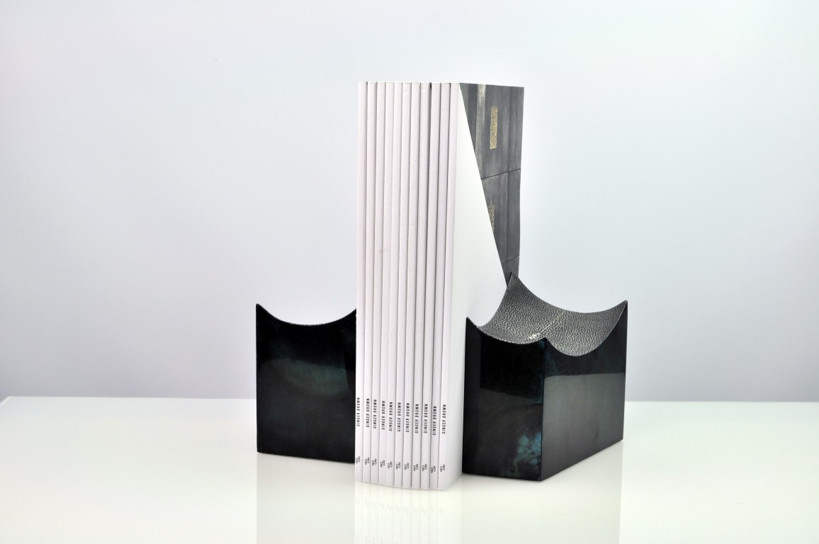 BOWL BOOKEND