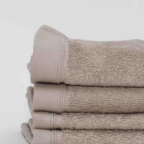Classic Linen Cotton Towels by St. Pierre