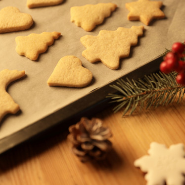 Modern Yule Traditions for Pagan Families