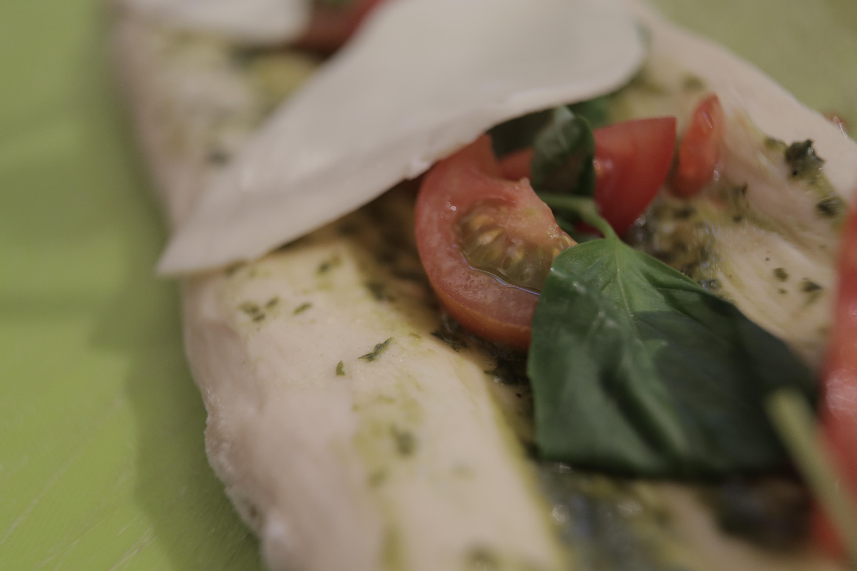 פוקאצ'ה עגבניות שרי ומוצרלה
