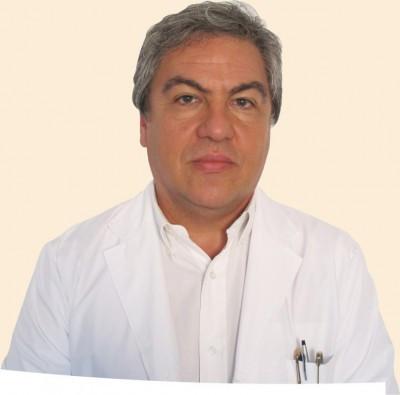 Para el editor argentino de The Lance se deberían evaluar la obligatoriedad de la vacuna