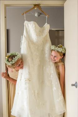 wedding dress flower girls