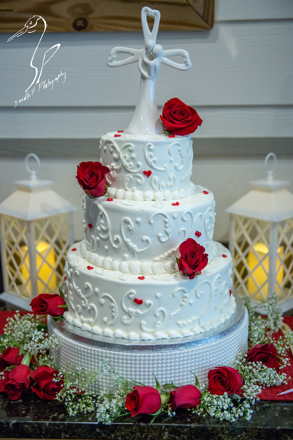 Anna Maria Oyster Bar Wedding Photography Boquet Roses Babies Breath wedding cake topper lantern detail picture