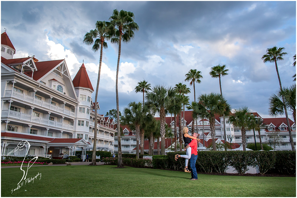 Disney's Grand Floridian Engagement Session, portrait of engaged couple in the resort courtyard