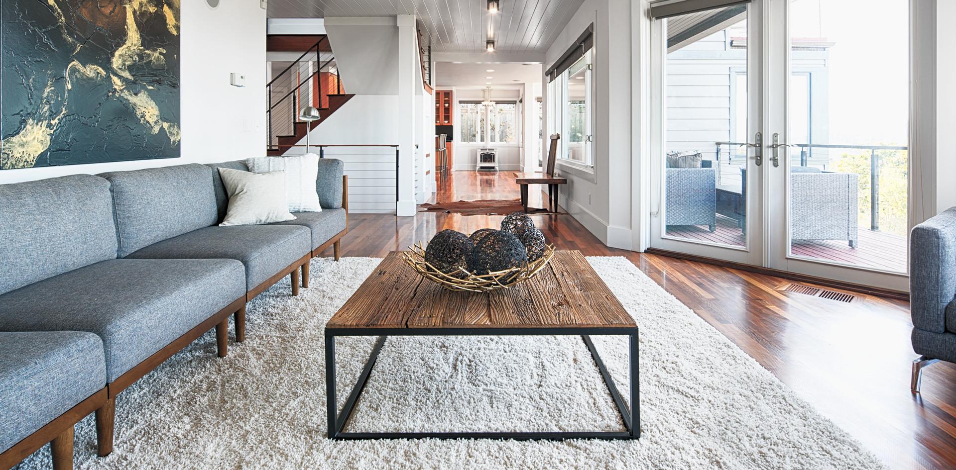 1-Ballard-Sitting-Area.jpg
