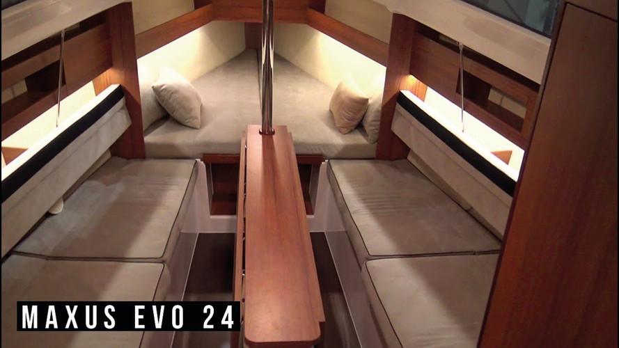 Maxus Evo 24 Interior Natural Teak and beige inside matrasses