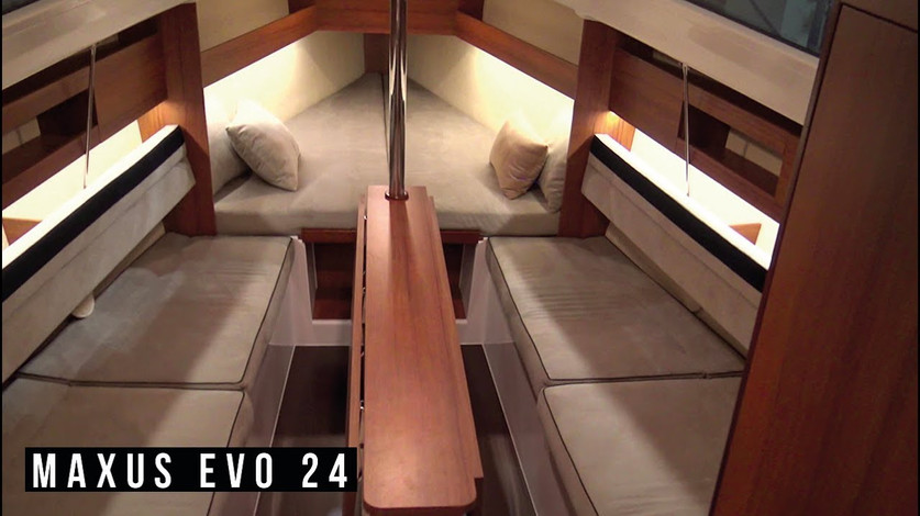 Maxus Evo 24 Interior Natural Teak and beige inside matrasses